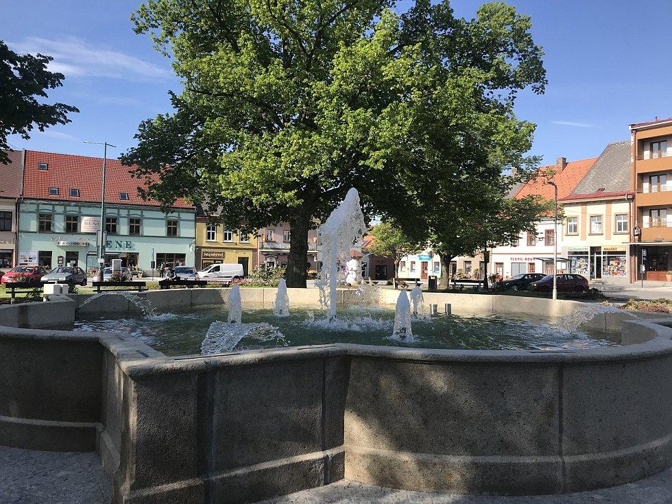 Kašna na náměstí T. G. Masaryka v Chotěboři.