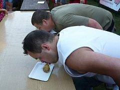 Celkovým vítězem bramboriády se letos stal Jaroslav Němec (na snímku v bílém).