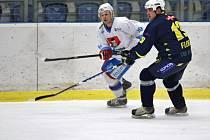 Tři zápasy stačily světelským hokejistům k vyřazení Chocně v semifinále.
