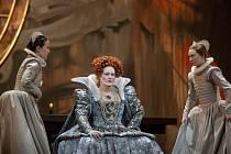 Úžasná podívaná. Opera Marie Stuartovna nabídne úžasnou hudbu a zpěv předních světových operních pěvců.