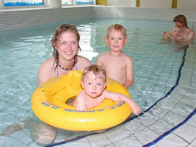 Krytý plavecký bazén v Kotlině je opět v provozu.