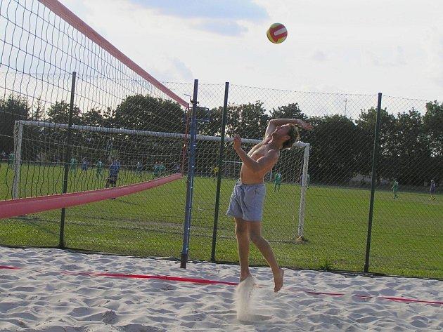 Milovníci plážového volejbalu nepřijdou zkrátka ani na Okrouhlickém volejbalovém létě 2008, na programu jsou hned dva turnaje.