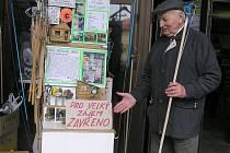 Kutil a humorista. To je přesně Vladislav Slabý, pražský inženýr. Tohoto času  už v důchodu.