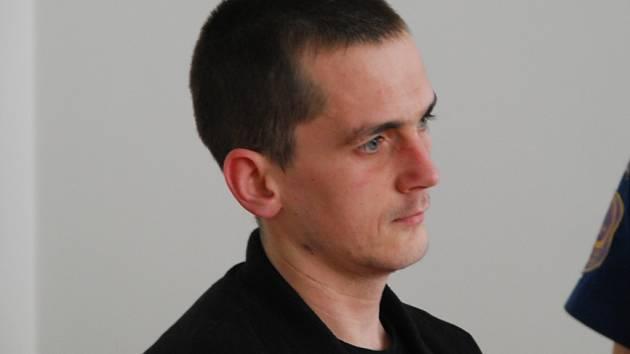 Josef Sláma z Pelhřimovska se ke krádežím před soudem přiznal. Trest ale považuje za přísný.