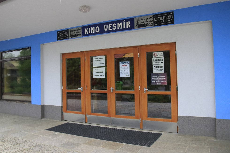 Kino Vesmír v Pelhřimově.