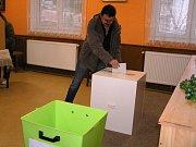 Volby v městečku Štoky.