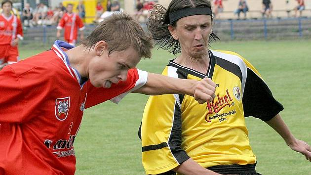 Michal Mareš v akci (vpravo).