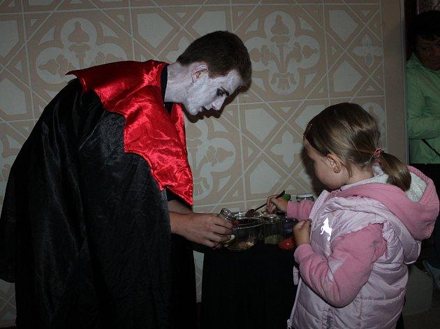 Dětská svatojánská noc na zámku Světlá nad Sázavou.