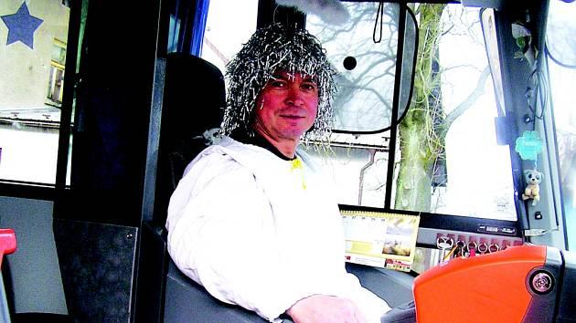 Autobus řídil stylově anděl.