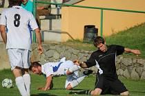 Na kolenou se ocitli světelští fotbalisté, kteří po domácí prohře s Leštinou odevzdali body i Košeticím.