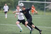 Slovan na umělé trávě porazil Pelhřimov 4:2.