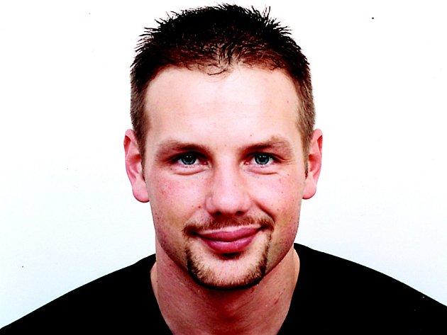 Autor. Josef Pepson Snětivý má dnes autorské čtení v Chotěboři.