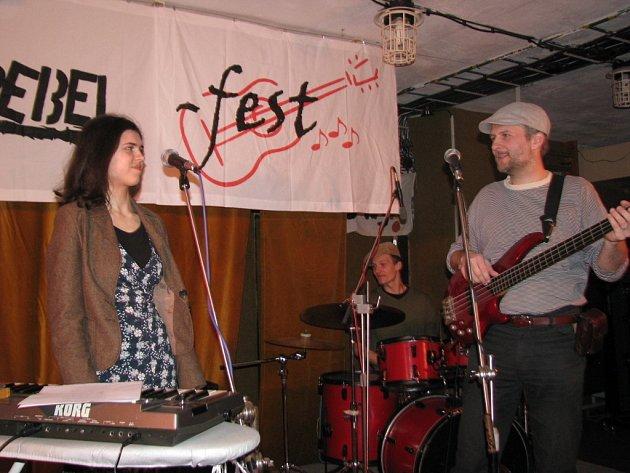 Ve frýdeckém nízkoprahovém klubu U-kryt se v sobotu konal první ročník akce Rebel-Fest.