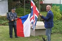 Na slavného letce RAF zavzpomínali v pátek 16. srpna v jeho rodišti Svatý kříž u Havlíčkova Brodu.