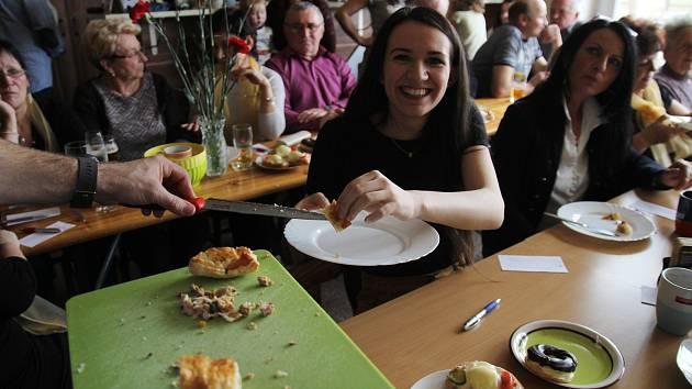 Oslavy MDŽ a soutěž o nejlepší slanou roládu v Kynicích