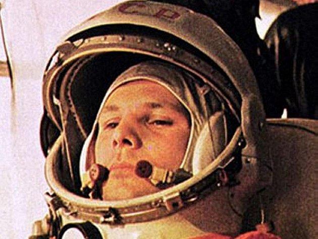Podle grafologického rozboru Luboše Novotného byl Gagarin, bez ohledu na dobu ve které žil, skutečně výjimečný člověk s kvalitním charakterem, ochotný pro svoje cíle udělat maximum., na druhé straně ctil pořádek ,řád a nerad si dělal nepřátele.