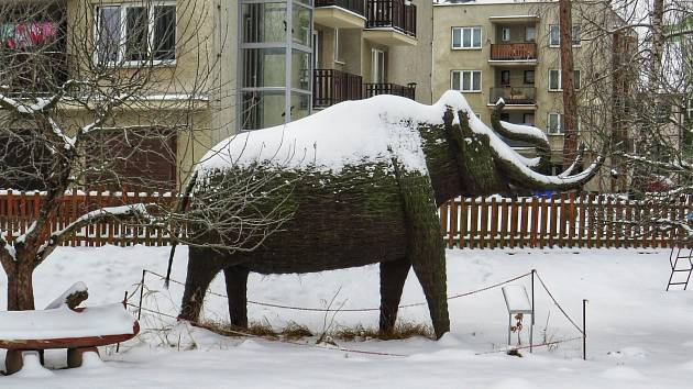 Mamut stojí v Pelhřimově