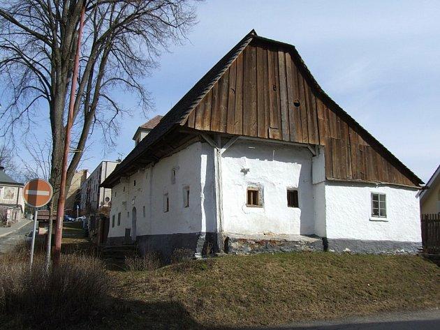Antikvariát Igora Domkáře ve Štáflově chalupě je kouzelné místo.
