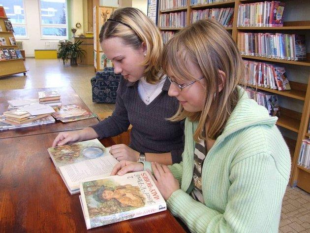 Bobeš nenudí. I dnes se mladí čtenáři dokáží začíst do příběhů Malého Bobše.