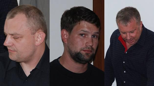 Libor Hladký (vlevo) byl už několikrát soudně trestán, v devadesátých letech dokonce dostal šestnáct let za vraždu svého komplice. Ondřej Plašil (uprostřed) byl trestán za sprejerství a Zdeněk Macek (vpravo) trestán doposud nebyl.