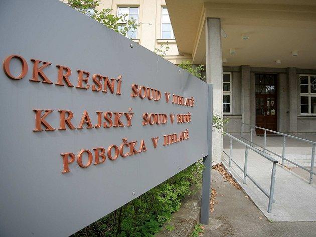Pokud nebudou úředníci na Ministerstvu spravedlnosti, které ve sporu zastupuje stát, spokojeni, bude mít spor Milana Sedláčka a státu další dějství u krajského soudu.