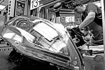 Krádeže světel a dalších věcí měli na svědomí dva bývalí zaměstnanci firmy. Oba muži kradli v letech 2011 až 2013. Z firmy odnášeli hlavně různé druhy světel, ale i různá čidla, digitální posuvná měřítka, automobilové kurty a nářadí.Ilustrační foto: