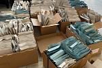 Havlíčkobrodská radnice začala mezi obyvatele města a jeho příměstských částí distribuovat roušky.