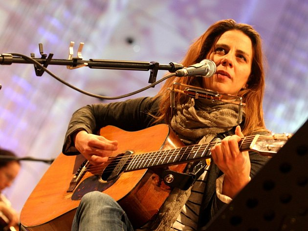 Aneta Langerová. V přírodním amfiteátru pod lipnickým hradem letos v červenci zazpívá i Aneta Langerová.