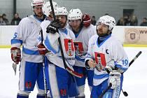 Radost zažívali hokejisté Světlé na ledě Litomyšle, kde vyhráli 3:1.