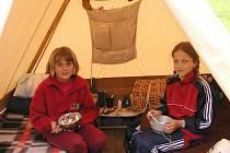 Pro děti se letos pořádá 300 letních táborů.