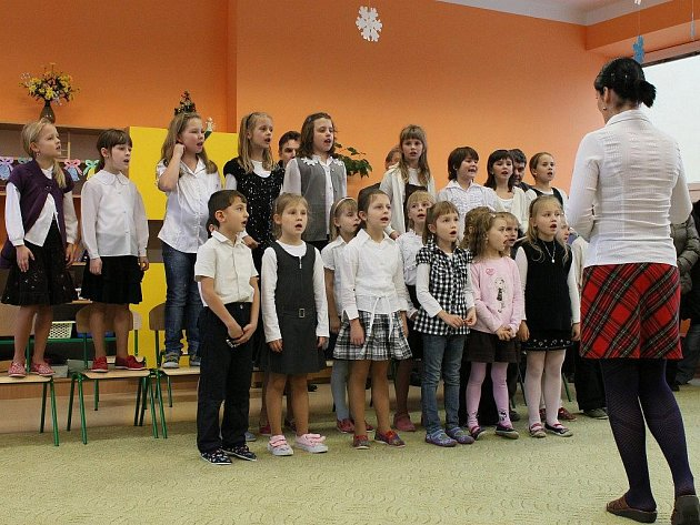 Dnem otevřených dveří představila ždírecká základní škola veřejnosti víceúčelovou nástavbu pavilonu mateřské školy ve Ždírci nad Doubravou. Tím se kapacita mateřské školy zvýší o 54 míst.