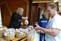 Farmářské trhy Koudelův talíř. V Havlíčkově Brodě již zdomácněly. Letos se konají třetím rokem.