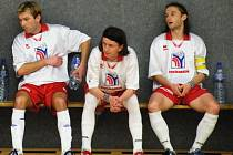 Bratři Marešové ještě spolu v dresu brodského Pramenu. Na fotce zleva: Petr, Michal a Roman.