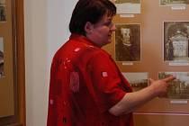 Místostarosta i odbornice na Havlíčka. Jaroslava Hájková má nejenom funkci na obecním úřadě, ale všechen svůj volný čas věnuje knihovně situované v Havlíčkově domě.