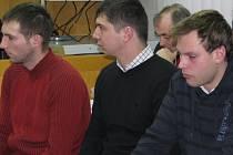Jaroslava D., Jiřího T. a Petra Ch. stíhá havlíčkobrodský soud pro rozsáhlé krádeže na svobodě. K části spáchaných skutků se doznali.  Na rozsudek ale stále čekají.