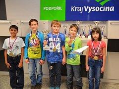 Medailisté Krajského kola Přeboru škol v šachu 2016, které uspořádala Šachová škola Havlíčkův Brod ve dnech 23. až 25. února.