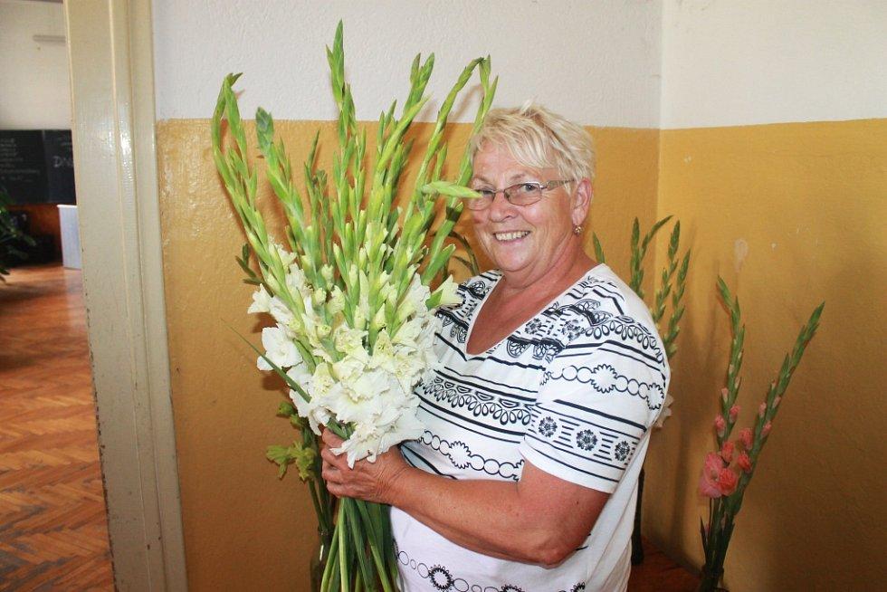 Irena Poláčková a její gladioly.