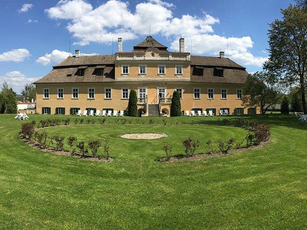 Vilémovský zámek byl před pětadvaceti lety navrácen rodině Reiských de Dubnic v rámci restitucí.