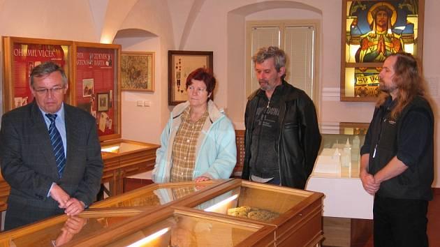 Československé legie a I. světová válka. Tak se jmenuje výstava, která byla před několika dny otevřena v pamětní síni Muzea Světelska ve Světlé nad Sázavou.