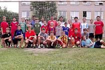 Mladí fotbalisté Dekory