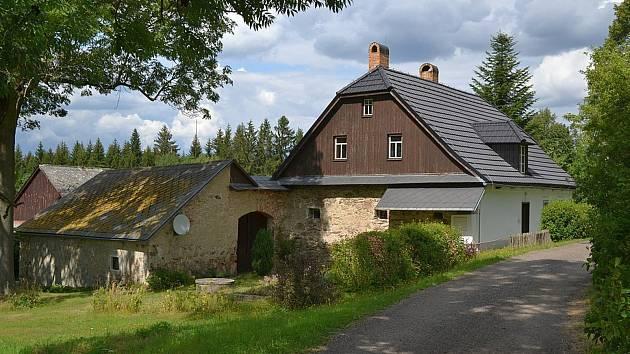 Obec Žižkovo Pole. Místní část Samotín