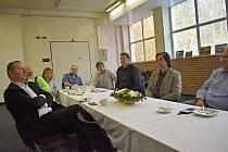 Setkání vedení města, podnikatelů a starostů obcí by chtěla Háta v Ledči zase zopakovat.