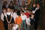 Takové Vánoce byly v Domově před koronavirem. Letos děti nic podobného nezažijí.