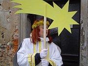 Od kostela sv. Ondřeje ke sv. Anně u Pohledu se za betlémskou hvězdou putuje už osmnáct let.