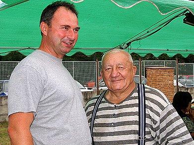 Starosta Slatiňan Ivan Jeník a herec Zdeněk Srstka.