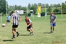 Z fotbalového turnaje v Rosicích u Chrasti.