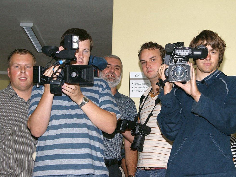 Proces vyvolal velký zájem médií.