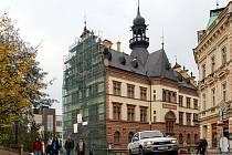 Regionální muzeum v Chrudimi prochází rekonstrukcí fasády štítů.