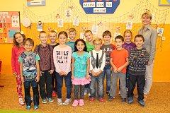 Prvňáčci z 1. třídy Základní školy Rosice, kterou vede paní učitelka Vladimíra Tichá.