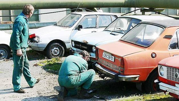 Stará auta nikdo nechce.